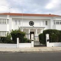 Luxurious 6 bedroom villa in Phaneromeni area